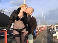 ray-verrast-zijn-vrouw-julia-met-2-extra-mannen